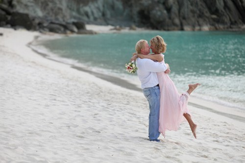 Elope to the US Virgin Islands
