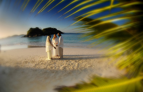 Wedding Vows on Trunk Bay